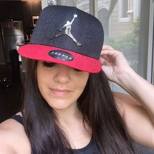 Michael Jordan Authentic Jumpman SnapBack Hat